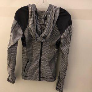 lululemon athletica Tops - Lululemon gray and white pullover, sz 8, 68200